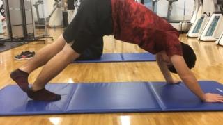 腓腹筋のストレッチのやり方3