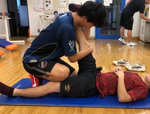 腓腹筋のストレッチのやり方6